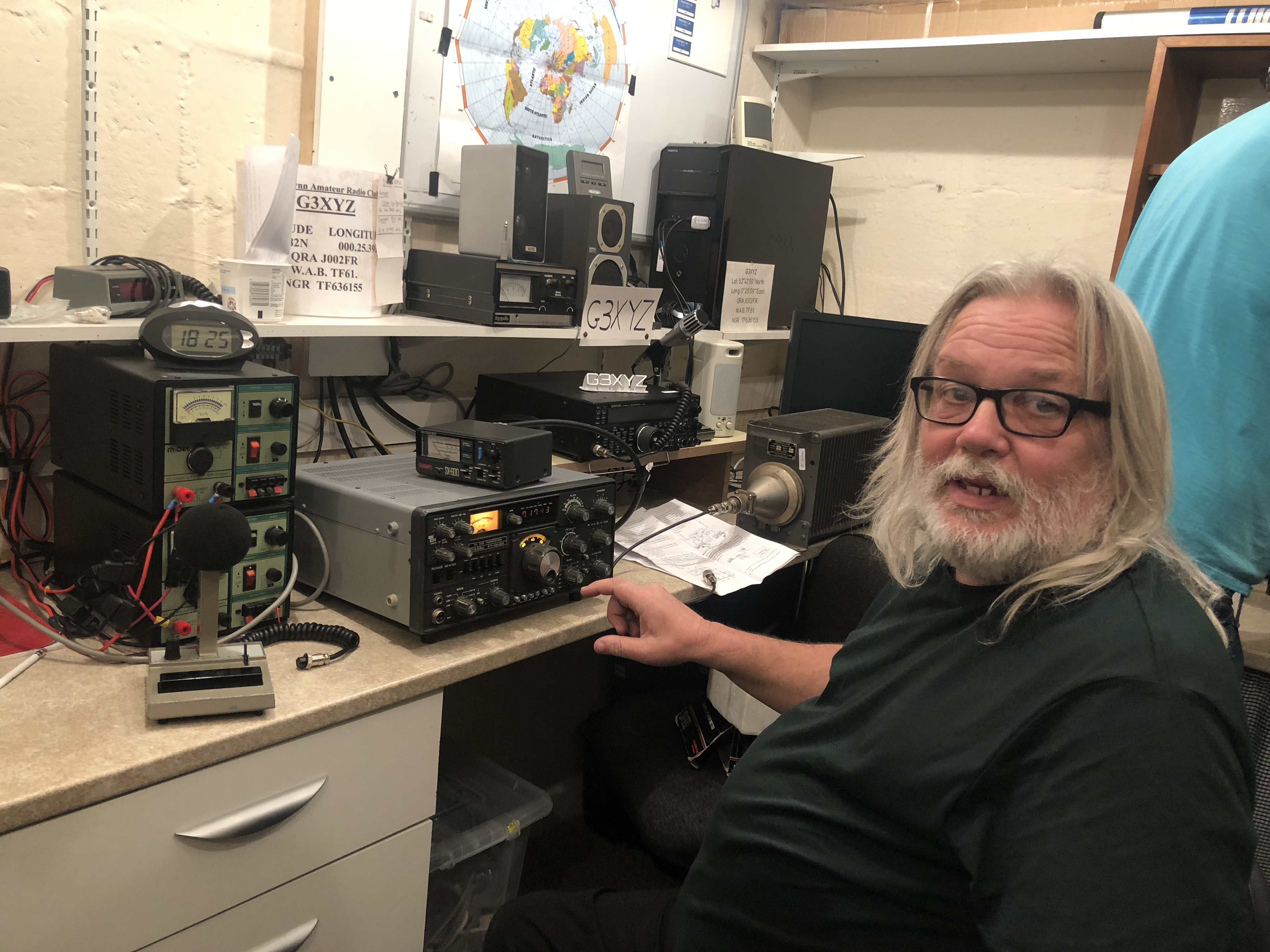 Club Night Diaries October 2018 Kings Lynn Amateur Radio Ham Wiring Diagram The Answer Seemed To Be That Microphone Wasnt Working Properly Swiftly Was Look For A And Go From There